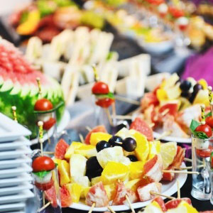 Plates & Kitchen